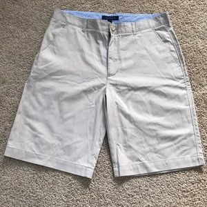 Tommy Hilfiger men's SZ 36, khaki shorts